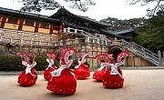4 Món Đồ Tuyệt Đối Không Nên Tặng Người Hàn Quốc