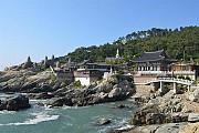 Ngôi chùa cổ Haedong Yonggungsa 600 tuổi ở Busan