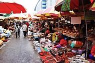 """Thăm chợ và """"tẹt ga"""" với đồ hải sản ở khu chợ Busan"""