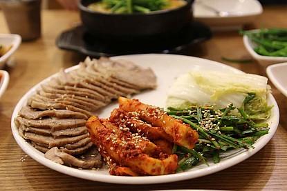 Những Món Ngon Hàn Quốc Cho Những Người Không Ăn Cay