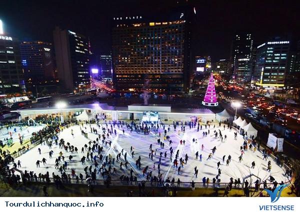 Sân băng Seoul Plaza