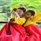 Nữ sinh Hàn Quốc rạng ngời trong lễ trưởng thành