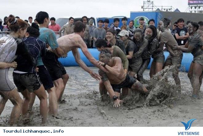 Độc đáo lễ hội bùn tại xứ sở kim chi Hàn Quốc - Ảnh 2