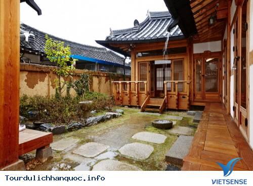 Du lịch Hàn Quốc thăm các ngôi nhà truyền thống cổ xưa - Ảnh 1