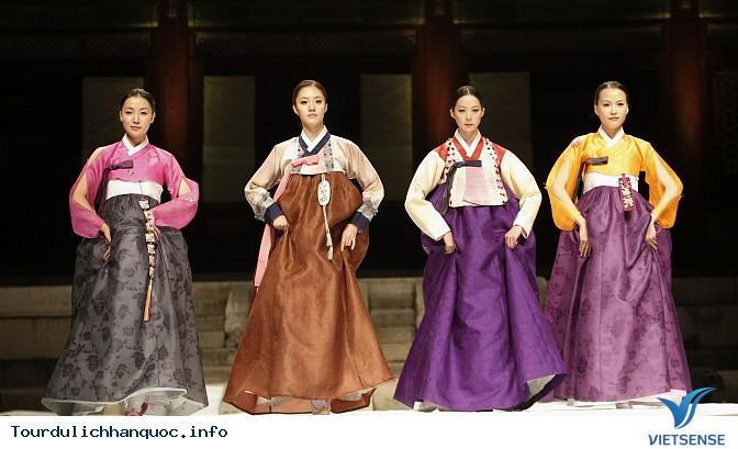 Tìm hiểu về hanbok  - trang phục truyền thống của Hàn Quốc - Ảnh 1