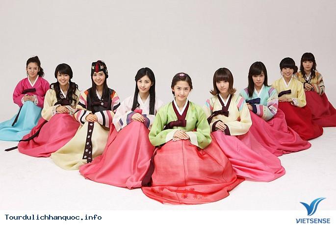 Cúi đầu trong văn hóa giao tiếp của người Hàn Quốc - Ảnh 1
