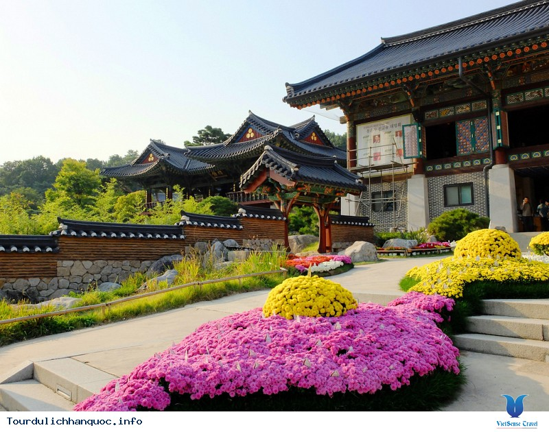Tham quan ngôi chùa Bongeunsa cổ kính