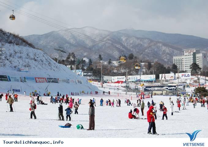 Cơ hội trải nghiệm trượt tuyết dễ dàng dành cho người Việt
