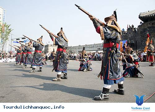 Lễ hội văn hóa Hwaseong Suwon - Ảnh 2