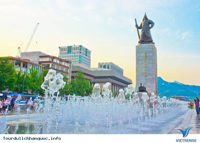 Quảng Trường Gwanghwamun- Nơi Kết Nối Lịch Sử Và Hiện Đại Giữa Lòng Seoul - Ảnh 4