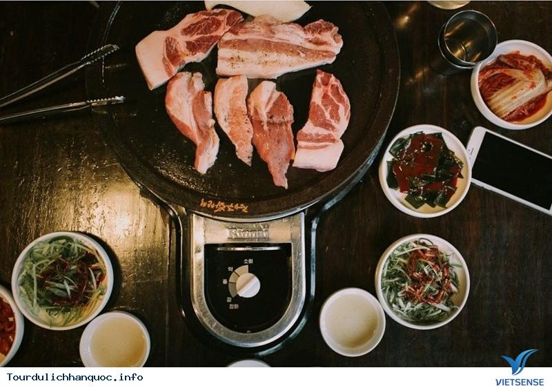 Thưởng Thức Thịt Heo Đen - Trải Nghiệm Tuyệt Vời Khi Đến Với Jeju Hàn Quốc - Ảnh 3