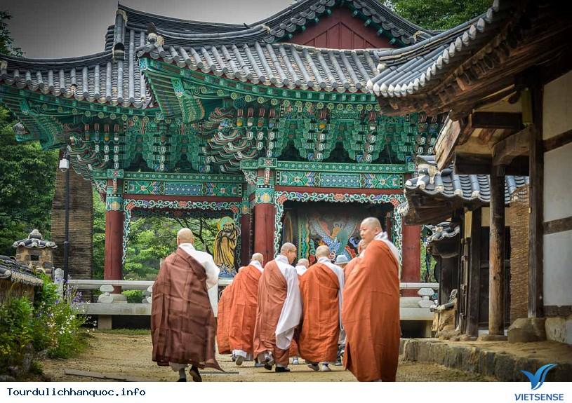 Những ngôi chùa bạn nên tới khi du lịch Hàn Quốc - Phần 2 - Ảnh 2
