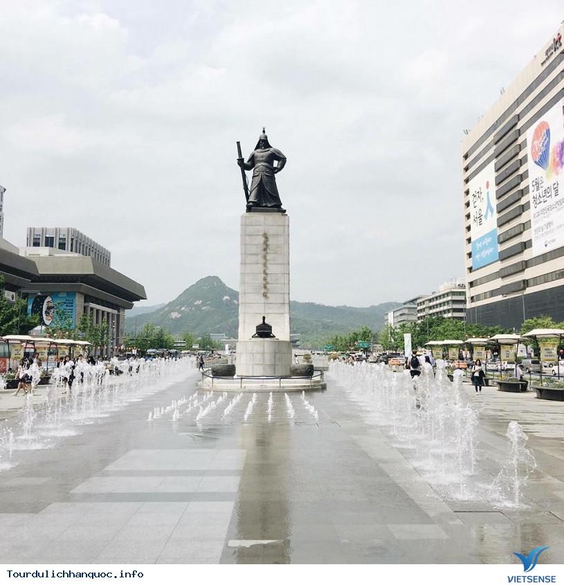 Quảng Trường Gwanghwamun rộng lớn và nổi tiếng của Hàn Quốc - Ảnh 5