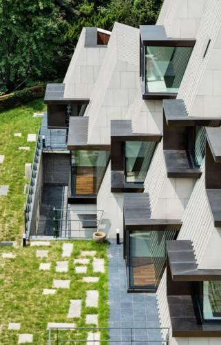 Chiêm ngường ngôi nhà độc đáo mọc giữa rừng Hàn Quốc. - Ảnh 2