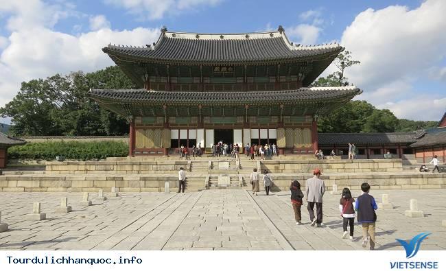 Cung điện Hoàng gia Kyung-bok tráng lệ của Hàn Quốc - Ảnh 4