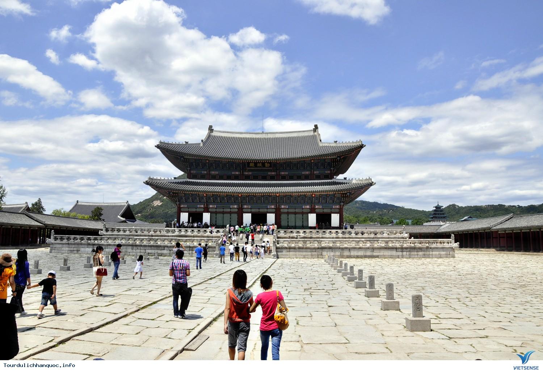 Cung điện Hoàng gia Kyung-bok tráng lệ của Hàn Quốc - Ảnh 2