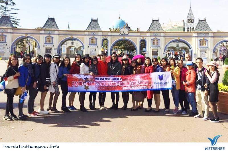 Hình ảnh đoàn khách tham quan Hàn Quốc mùa lá đỏ từ ngày 20/10-24/10/2017