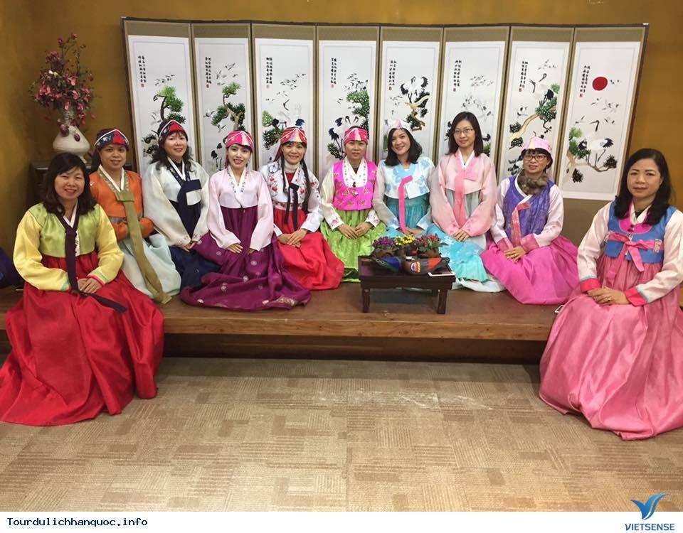 Hình ảnh đoàn khách tham quan Hàn Quốc mùa lá đỏ từ ngày 20/10-24/10/2017 - Ảnh 3
