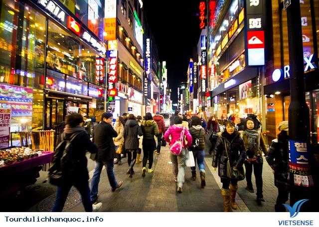 Khu Phố Mua Sắm Myeongdong - Ảnh 4