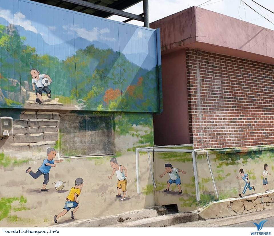 Khu phố tràn ngập những bức bích họa về đội tuyển Việt Nam tại Hàn Quốc - Ảnh 8