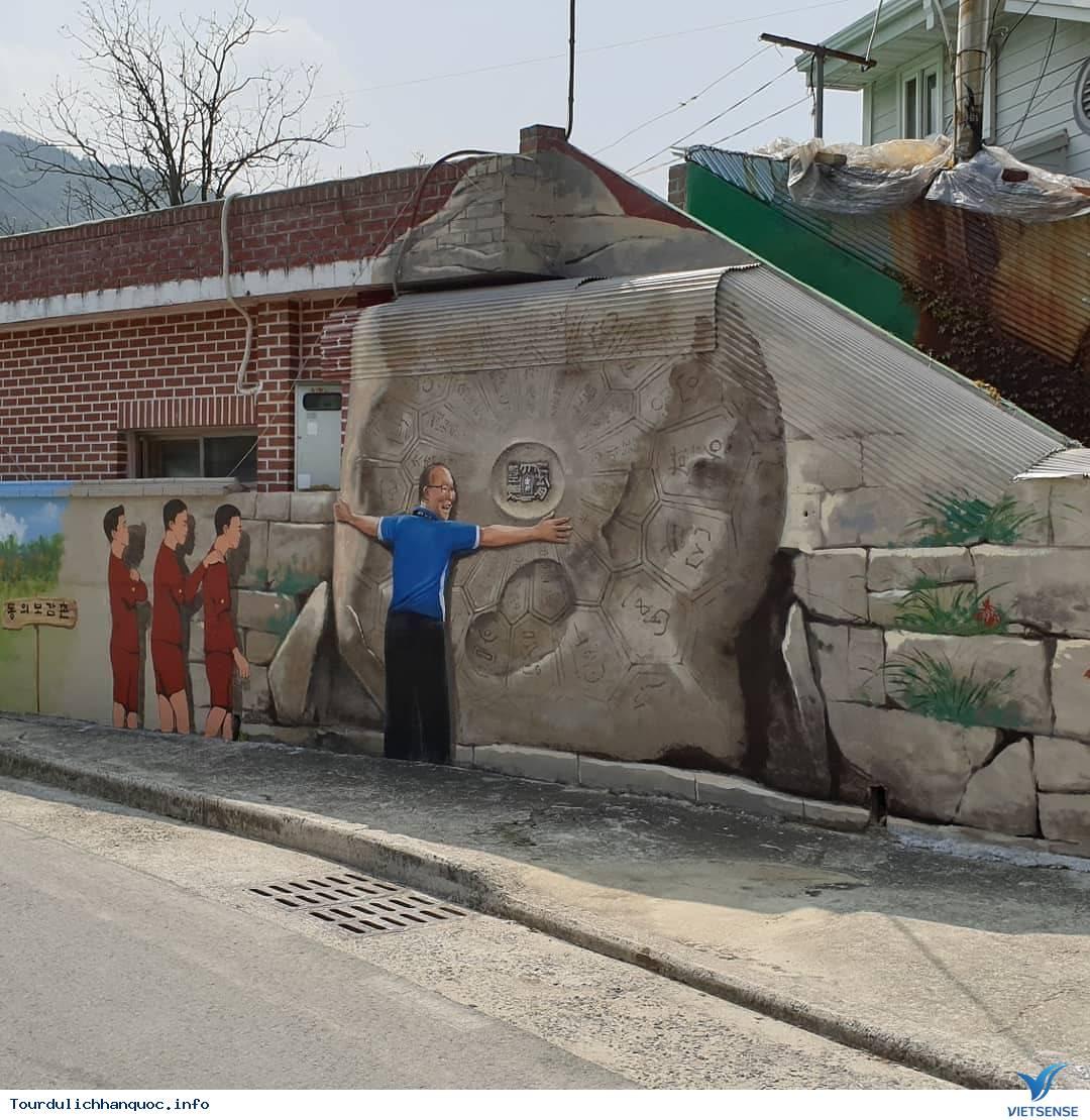 Khu phố tràn ngập những bức bích họa về đội tuyển Việt Nam tại Hàn Quốc - Ảnh 7