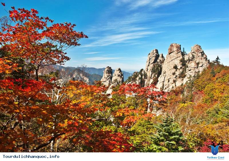 Ngắm Mùa Thu Hàn Quốc Ở Năm Ngọn Núi Đẹp Mê Hồn - Ảnh 1