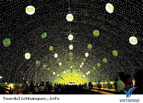 Những lễ hội nổi tiếng của xứ sở Kim Chi - Ảnh 2