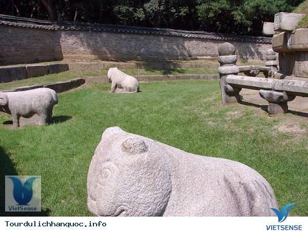 Quần thể lăng mộ Vương tộc của nhà Triều Tiên