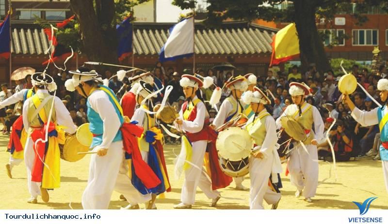 Tất Tần Tật Về Tết Trung Thu Cổ Truyền Của Người Hàn Quốc - Ảnh 2